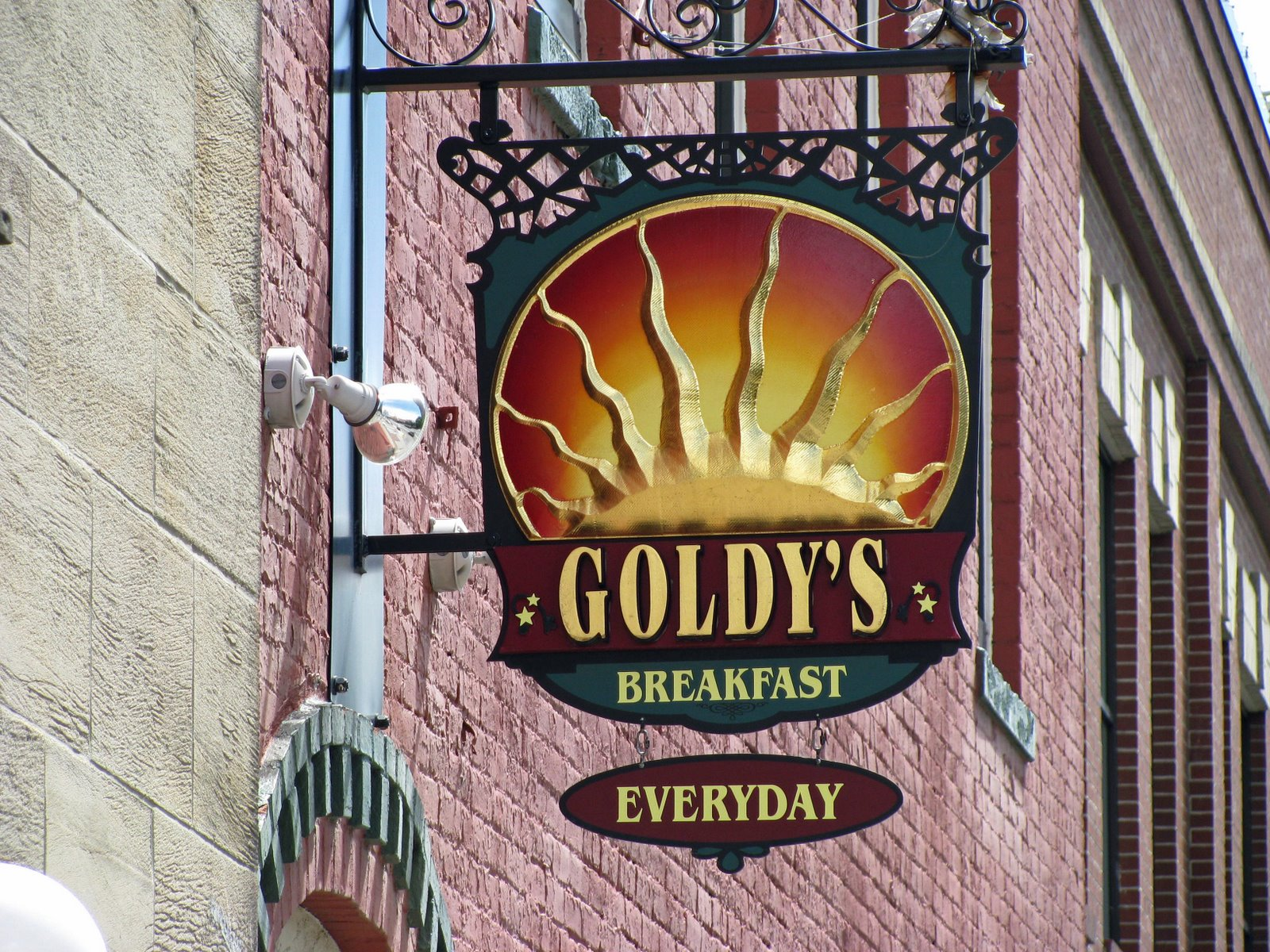 [Goldy]