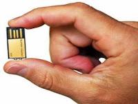 gold flash drive