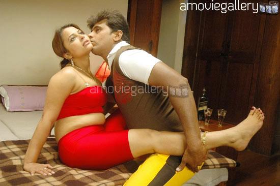 Beautifully: Thiruttu Sirukki Movie Hot Stills & Images