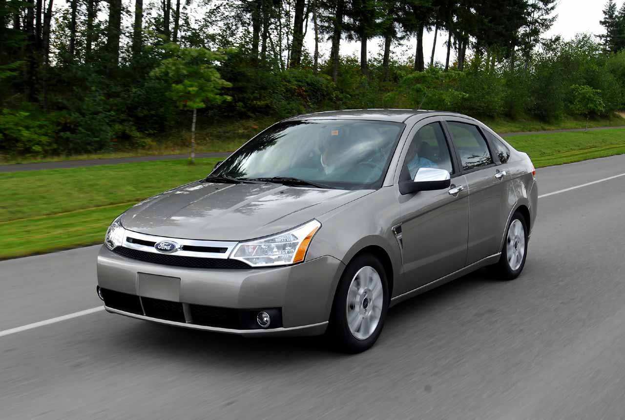 The Poor Car Reviewer 2008 2011 Ford Focus Se And Ses
