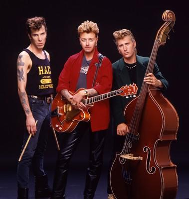 Asedelonely: Stray Cats