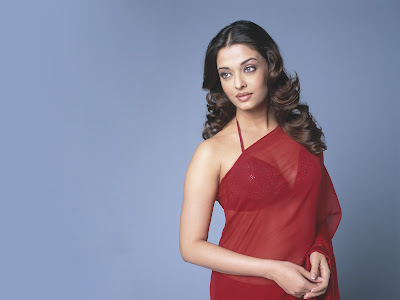 Saree Wallpaper of Aishwarya Rai