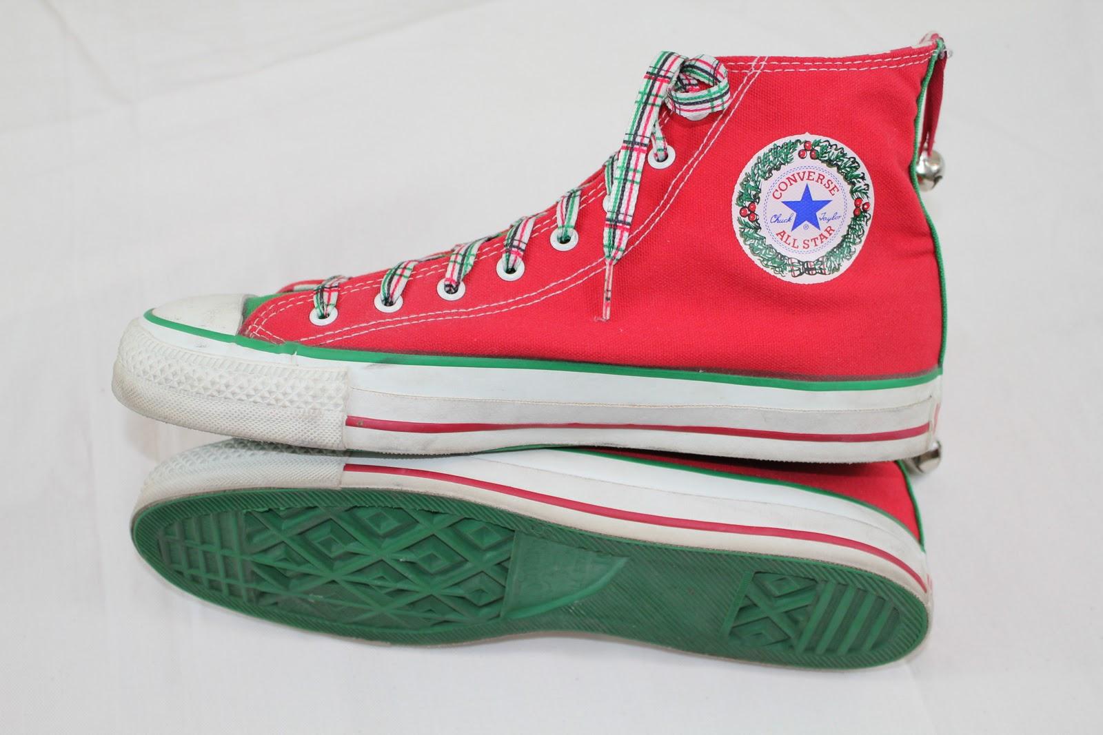 2f49312f41b vintage workwear  Converse All Star Chuck Taylor Christmas Edition ...