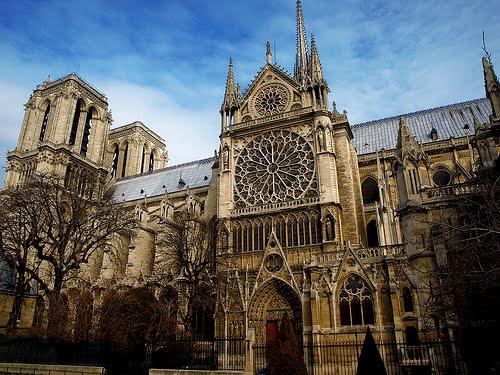 Fachada oeste de Notre Dame de París