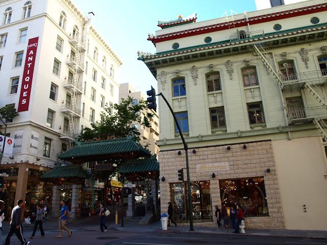 Puerta del Barrio Chino de San Francisco