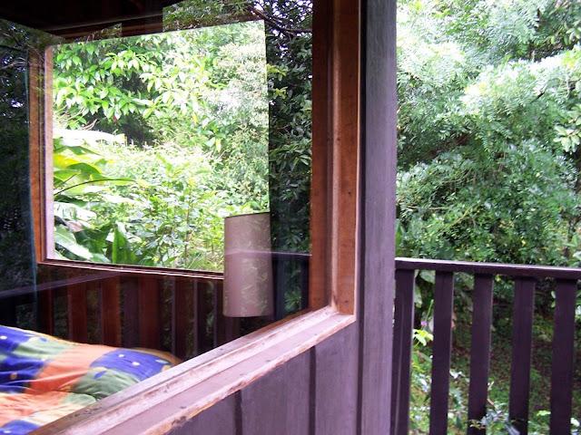 Balcón y cristalera