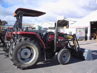 HeavyMachineries: CASE CX60 2WD 60 HP TRACTOR WITH QUICK