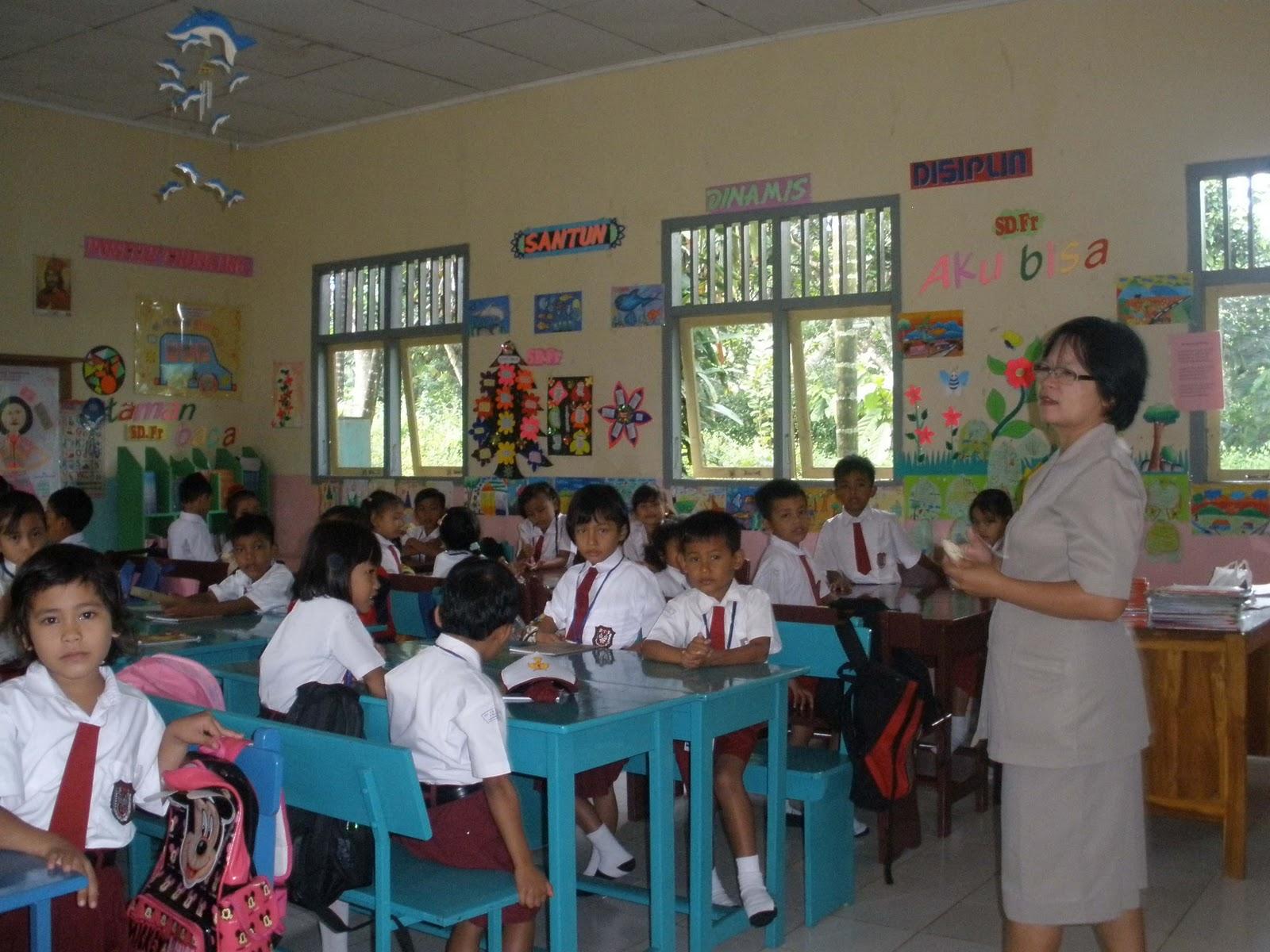 Rpp Bahasa Inggris Untuk Sekolah Dasar Kelas 1 Download Rpp Dan Silabus Berkarakter Bahasa Inggris Kelas Buku Kelas 1 Sd Kurikulum 2013 Terbaru Untuk Guru Dan