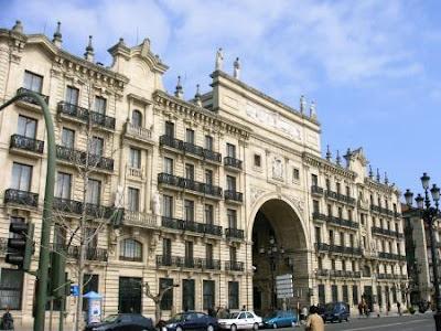 Murcia confidencial el banco de santander desvincula la for Oficinas banco santander murcia