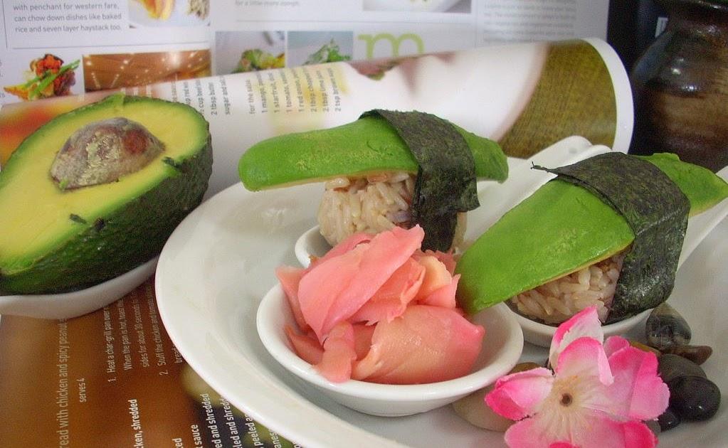 how to cut avocado for suahi