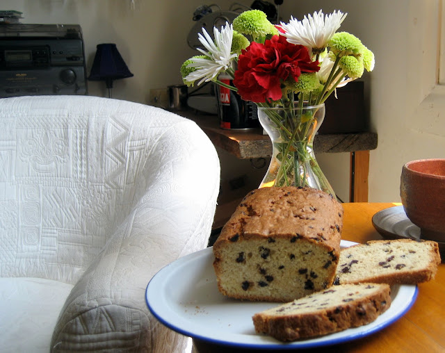 Vanilla Currant Loaf, quick Bread,
