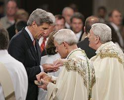 Openly pro-abortion senator receiving Holy Communion from Apostolic Nuncio Archbishop Sambi