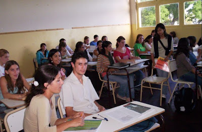 Instituto superior de formacion docente n 142 alumnas y for Instituto formacion docente