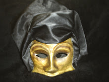 Máscaras teatrais feitas por mim.