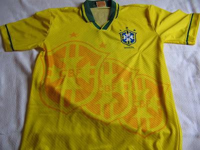 5f726e71fe Coleção de Camisas e Crônicas  2008