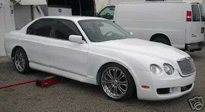 Carscoop_Bentley740il_0.JPG
