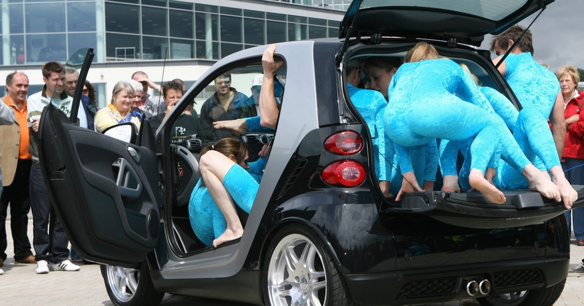 How Many People Can Fit in a Smart ForTwo?