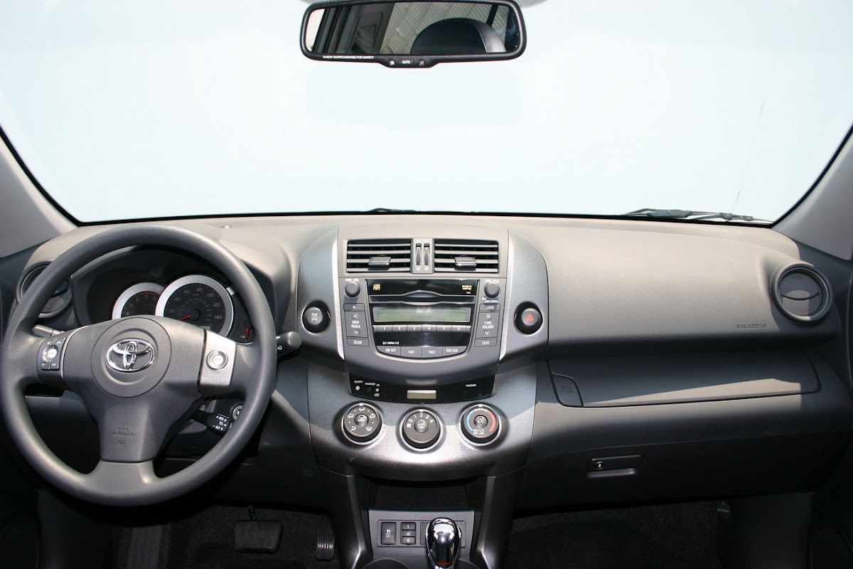 In terms of equipment all 2009 models get standard front seat active headrests and an engine immobilizer additionally the limited grade adds a new
