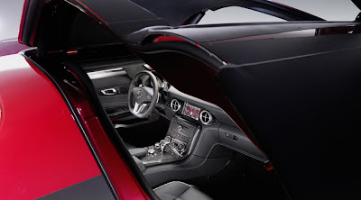 Mercedes-Benz SLS AMG Gullwing Carscoop