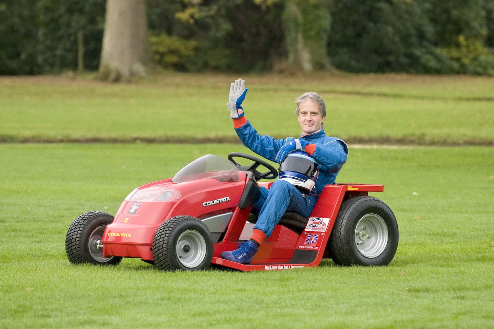 World S Fastest Lawnmower Sets New High Speed Record