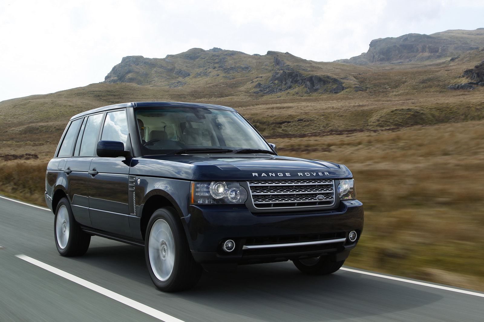 Revised 2011 Range Rover With New 313HP V8 Diesel