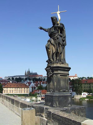 statues on Charles Bridge