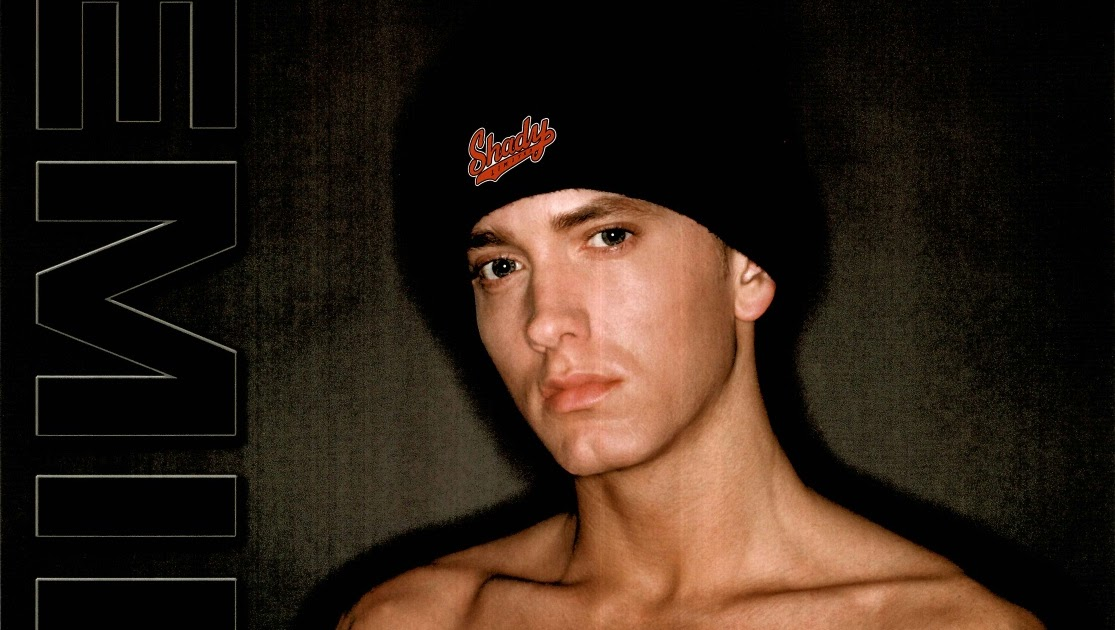 Pics Of Eminem: eminem showin the abs