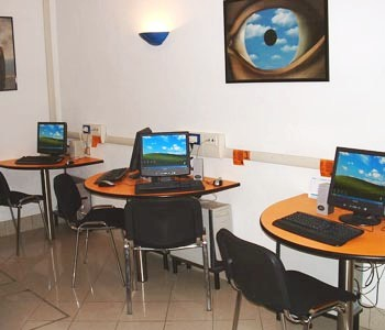 mission and vision of a internet cafe Adarsh was founded in mid 2004 and successfully provided internet service and   vision and mission our vision our vision is to be a leading broadband and it.
