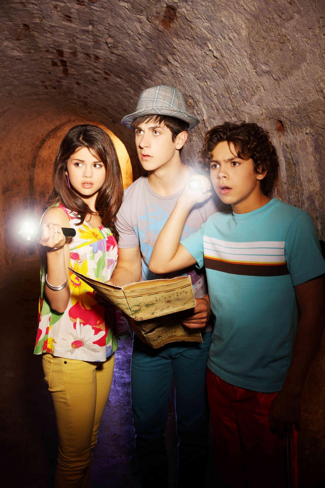 """""""Wizards of Waverly Place"""" Creator Would Love to Make 'a ... 