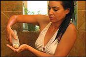 appliquez l'huile d'argan 30 mn avant le shampooing
