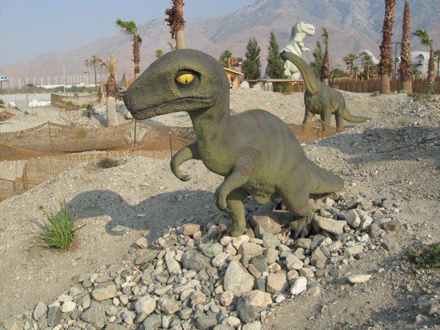 [Dino52]