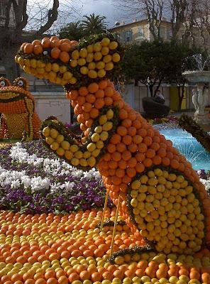 orange sculptures 022 Orange Fruit Creation