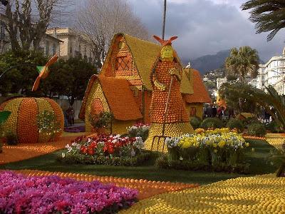 orange sculptures 016 Orange Fruit Creation