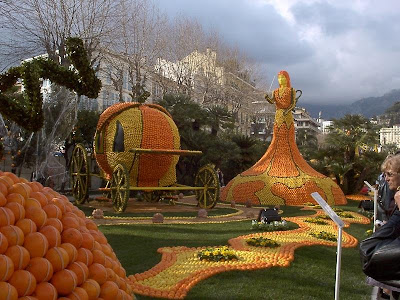 orange sculptures 013 Orange Fruit Creation
