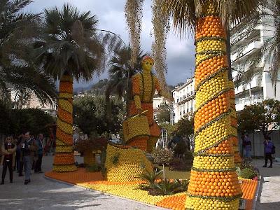 orange sculptures 004 Orange Fruit Creation