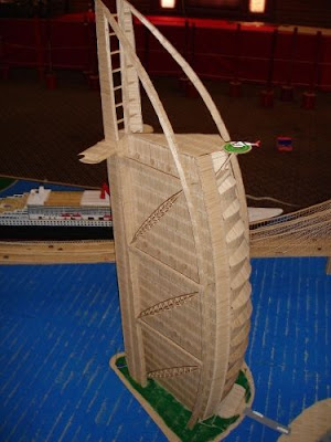 Build Structures using TOOTHPICK! Toothpick_cities_003