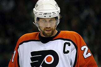 Peter Forsberg as captain of the Flyers