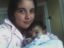 NICOLAS Y MAMÁ