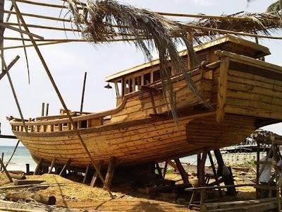 [Image: perahu+phinisi+--+foto+Vierta+Dewi+Aulia.jpg]