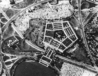 La fotografia aerea, storia di un mezzo strategico rivoluzionario.