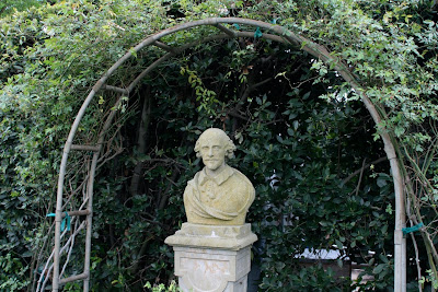 Shakespeare bust Huntington Gardens