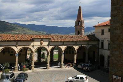 Castiglion Fiorentino hilltop town square