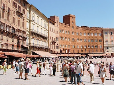 Piazza del Campo in Siena, Tuscany