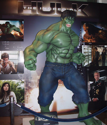 The Incredible Hulk statue at ArcLight Hollywood
