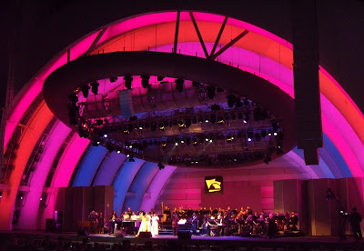 Aretha Franklin Hollywood Bowl stage lighting