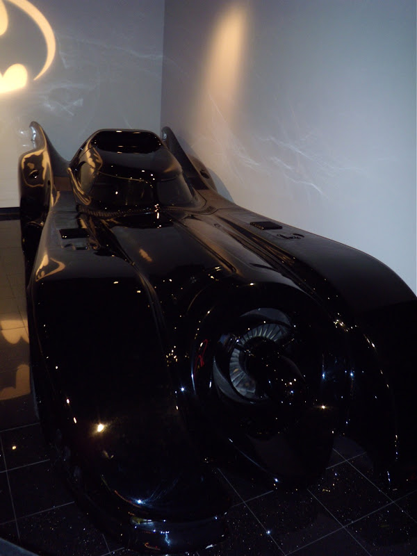 Batman's1989 Batmobile movie car