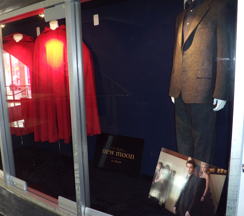Actual Twilight Saga New Moon vampire movie costumes