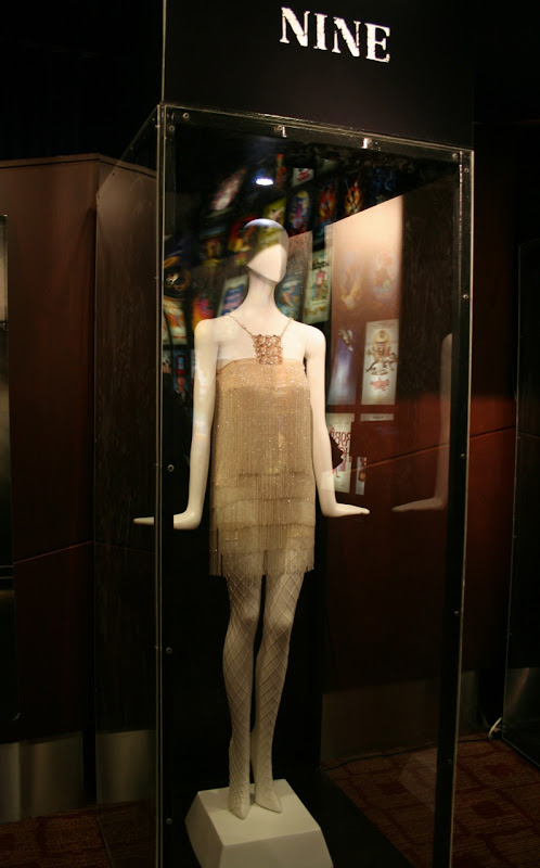 Kate Hudson's finale movie costume in Nine