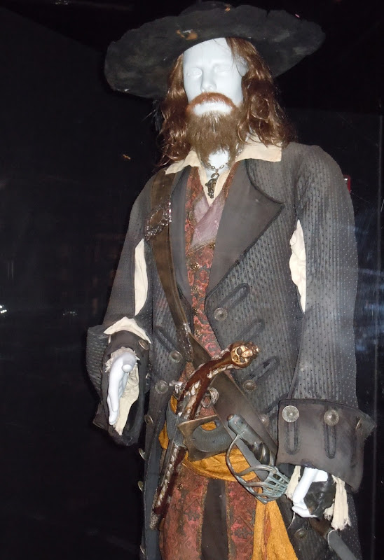 Pirates of the Caribbean Captain Barbossa costume
