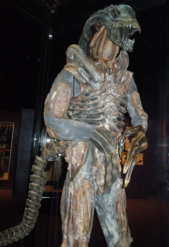 Alien body suit James Cameron's Aliens